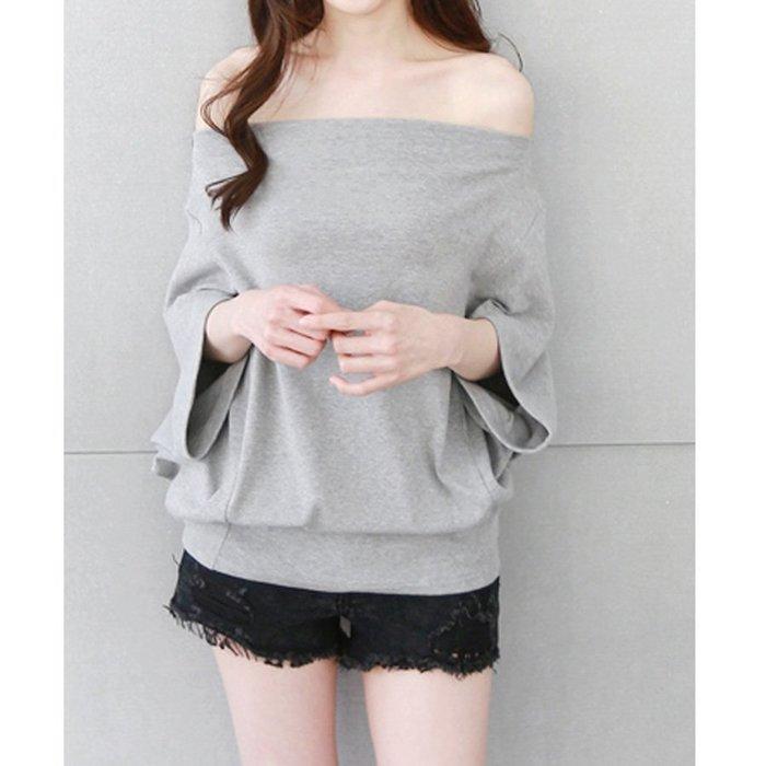 【Hao Da】全館399免運↘「M~XL。現貨」純色 飛鼠袖 一字領 上衣 (C2080)