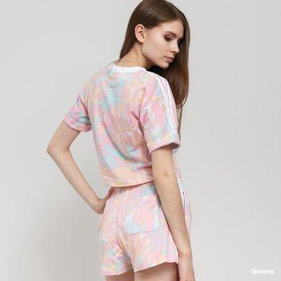 【吉米.tw】adidas 炫彩 originals 花紋 女款 三葉草 花紋 粉色 運動短褲 GL6357 MAR a