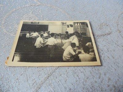 藍色小館11-4--------50年代黑白生活照{3張}