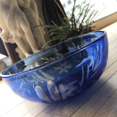藍色切割玻璃菓盆