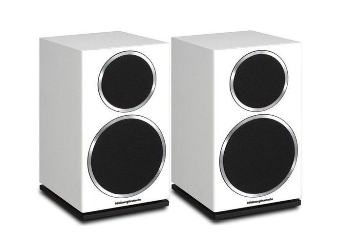 高傳真音響【DIAMOND 220 書架型喇叭】2音路被動式立體聲喇叭│黑白兩色│英國 Wharfedale