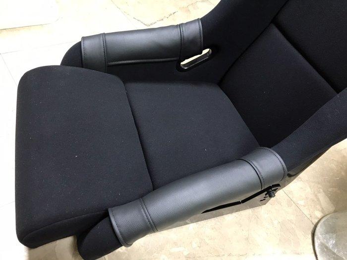 賽車椅/桶椅 側邊腿靠防磨布(皮質) 護套 通用款 Sparco Recaro BRIDE OMP 皆可用