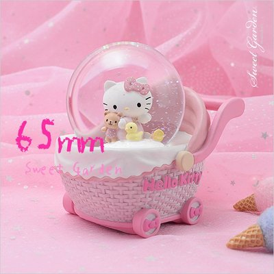 Sweet Garden, Hello Kitty嬰兒車音樂水晶球(免運) 新生兒彌月禮物 女寶寶粉紅娃娃車