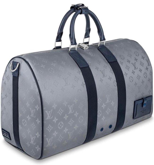 小巴黎二手名牌 LV m441750 keepall 旅行袋 50CM  限量商品 銀灰色  未使用
