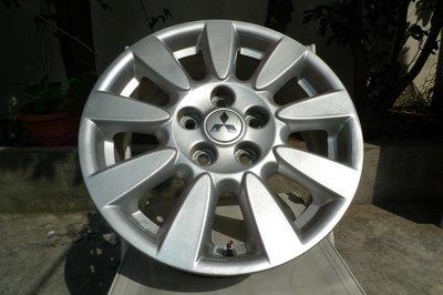 小李輪胎 16吋5孔114.3 三菱 FORTIS 原廠 中古鋁圈 只有二顆 豐田 本田 日產 福特 現代 馬自達 納智