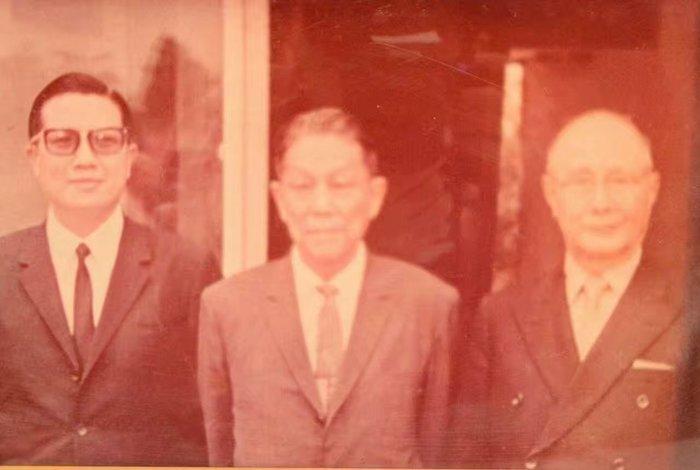 抗日最高統帥,日本受降,中國第一人~何應欽將軍  正本 有文字記載