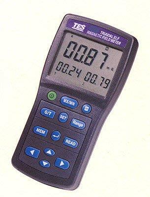 TECPEL 泰菱 》泰仕 TES-1393 三軸記憶式高斯表 電磁波測試器 高斯表