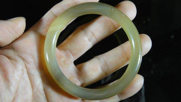 [福田工藝]天然瑪瑙玉鐲/手鐲/手環/內徑6.1cm外徑7.9cm手圍:19.5[瑪鐲17]
