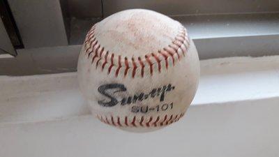 職棒三年上半年實戰比賽用球一顆  SUN UP101~實戰球、簽名球、全壘打大賽、比賽球、陳偉殷