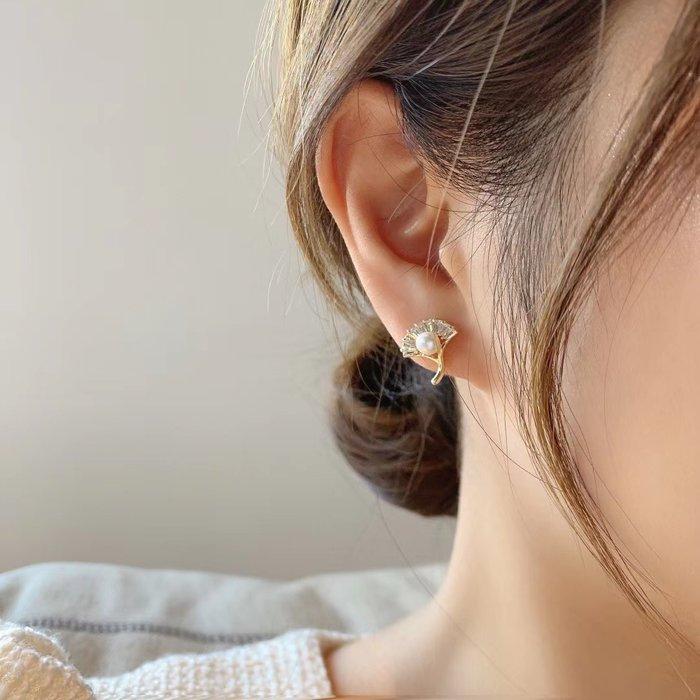 *~fuyumi boutique~*100%正韓 新款 銀杏鑽珍珠耳環 不列入賣場優惠
