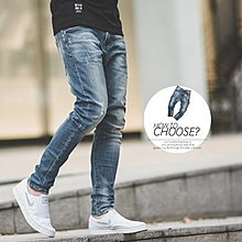 柒零年代【N9829J】漸層刷色小抓破窄管褲牛仔褲(EZ8030)