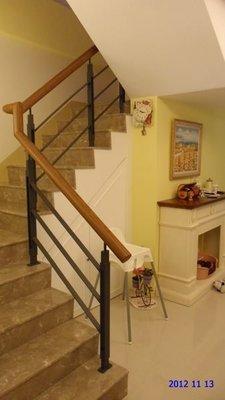 柚木 現代 扁鐵  樓梯扶手