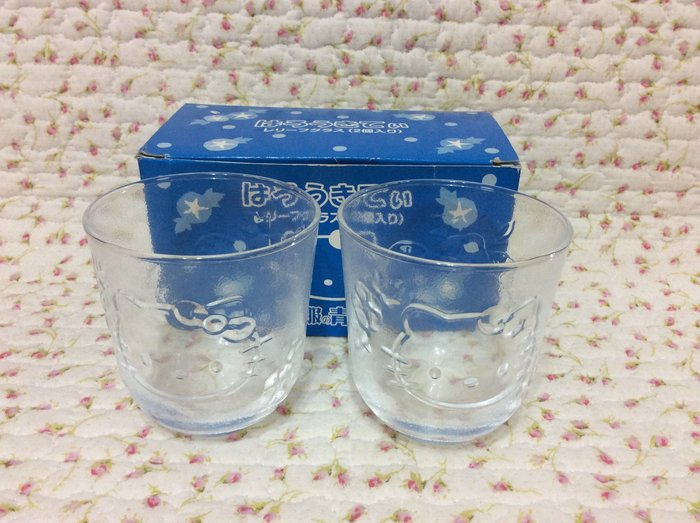 Sanrio hello kitty 立體浮雕玻璃杯組一組2入《日本製.2012年商品》收藏特價岀清