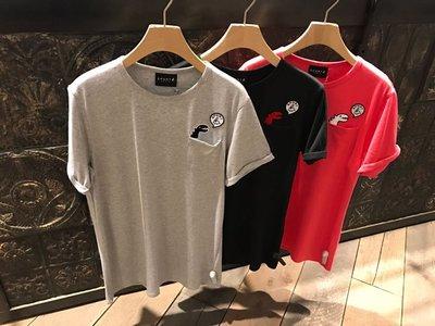 agnes b.香港IT正品Sport b 2018新款小恐龍口袋 纯棉 男裝 短袖 T恤 tee HTL
