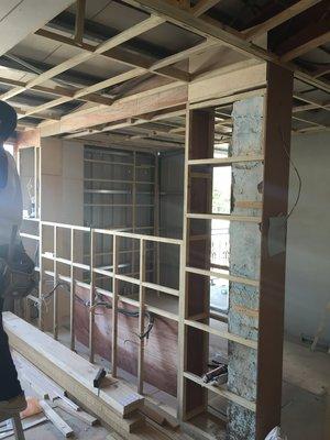 房屋整理修繕: 舊屋翻新、增建、改小套房、別墅住宅新建、廚房浴室翻修 室內裝潢工程: 天花板.櫥櫃.隔間、塑膠地板、壁紙