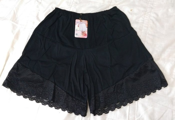 (老銀屋)內搭專用純棉蕾絲襯裙褲
