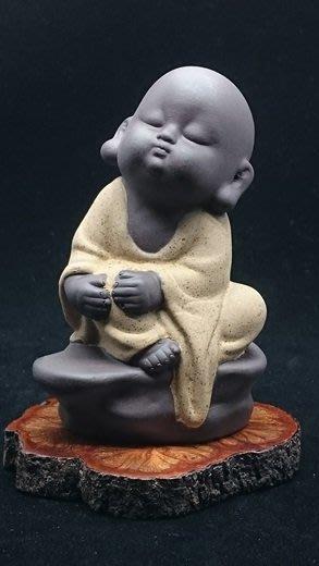 【家蓁香茶坊】迷你小和尚紫砂茶寵創意家居擺件陶瓷茶具配件 五官的雕刻栩栩如生 活靈活現 逼真逗趣