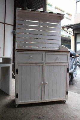 zakka糖果臘腸鄉村雜貨坊    木作類...makalaka橫條屋簷展示櫃(花車擺攤車會場佈置婚紗攝影百貨公司手推車