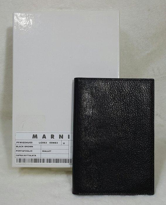 *旺角名店* Marni 全新 厚質防刮牛皮 低調極簡護照夾  [dix120703]