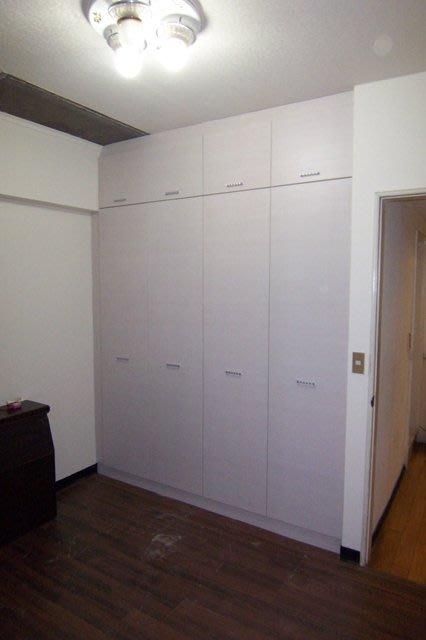 AR-01   系統櫥櫃設計/大台北地區/系統家具/沙發/床墊/茶几/高低櫃/1元起
