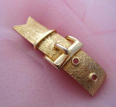 【戴大花2】VTG 市面罕見 標記【DE NICOLA】60年代 霧金刷紋  皮帶造型  厚實美品 別針 #B448