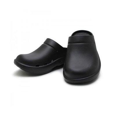 牛頭牌-男女款 半包拖鞋-土豆星球三代 黑,白色 21323909 台灣製造 特價690元 超取免運