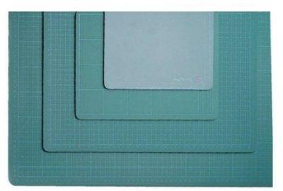 【附發票】OFESE歐菲士 25K切割板 25開切割墊 墊板 桌墊 19x23cm