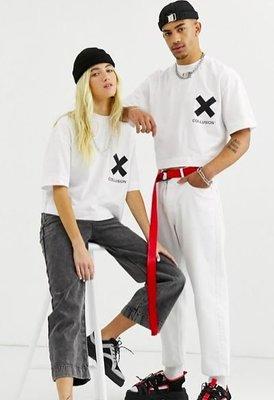COLLUSION x logo 白T 英國潮牌 短版五分袖 男女都可穿