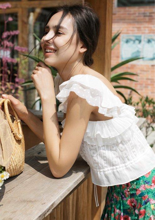 JU 甜美法式蕾絲刺繡短款棉麻上衣 短背心