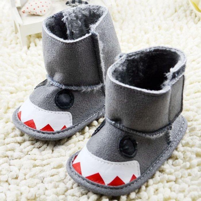 寶貝倉庫~灰色造型保暖雪鞋~學步鞋~寶寶鞋~嬰兒鞋~軟底鞋~靴子~童鞋~粘貼設計-螃蟹車~彌月送禮~促銷價1雙127