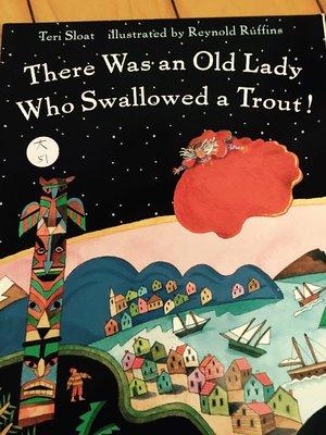 全新大本英文童書繪本 There Was an Old Lady Who Swallowed a trout 大51