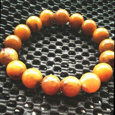 黃兔毛水晶是髮晶的一種,對應人體海底輪,磁場穩定強大,經常佩戴可以幫助人們促進血液循環,女性戴可養顏美容,尺寸:9mm