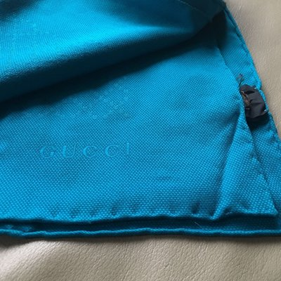 [熊熊之家3]保證全新正品 Gucci 藍色  絲巾 圍巾