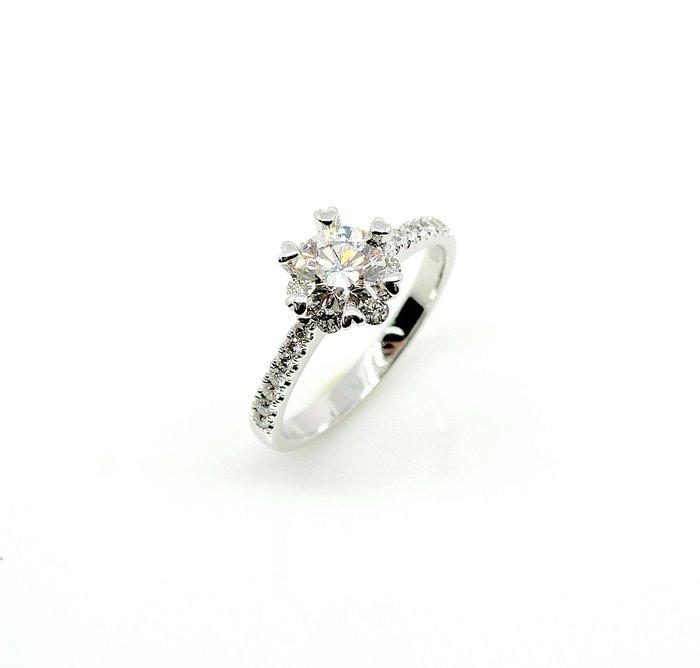 【JHT 金宏總珠寶/GIA鑽石專賣】0.70ctGIA天然鑽石女戒/H-SI2 材質:PT900(7105)