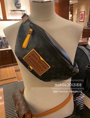 全新正品 LV 腰包 胸口包 M45220 DISCOVERY_2020年 限量款 Gaston Labels系列