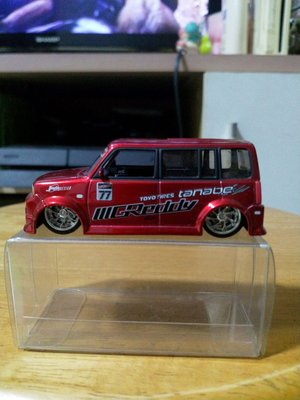 TOYOTA XB BB 1:64 GREDDY
