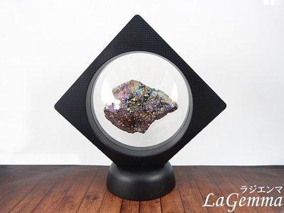 【寶峻晶石】新品~最新穎的時尚居家裝飾,【漂浮寶石相框】彩色星彩晶簇 FF-51 晶品展示架~方形內圓黑色相框可打開更換