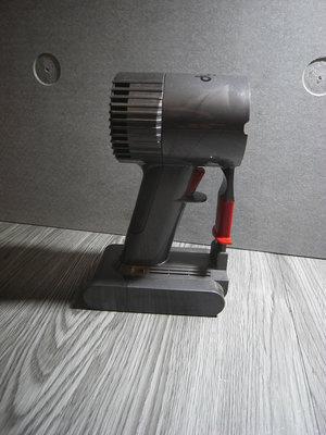 二手 Dyson V6 motorhead SV03 無線吸塵器 主機 機身 馬達含電池 功能正常