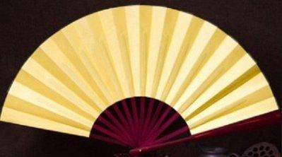【幸運星】 現貨 素面 素色 扇子 黃色 Cosplay 外拍 攝影 道具 娟布 展開約 60cm