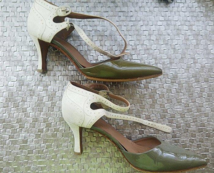 Hermes 愛馬仕專櫃購買 小愛家 雙色中低跟尖頭涼鞋