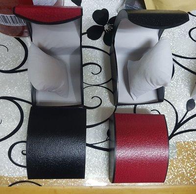 飾物盒/包裝盒/禮品盒/禮物盒/手鏈盒/手鐲盒/手錶盒 手錶合 錶合 錶盒 連小絨枕