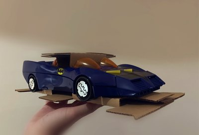 BATMAN BATMOBILE KENNER SUPER POWERS 1984 NEW PRISTINE 100% COMPLETE