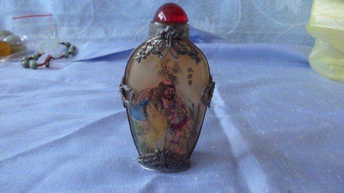 紫色小館8-------銀飾內畫玻璃鼻煙壺