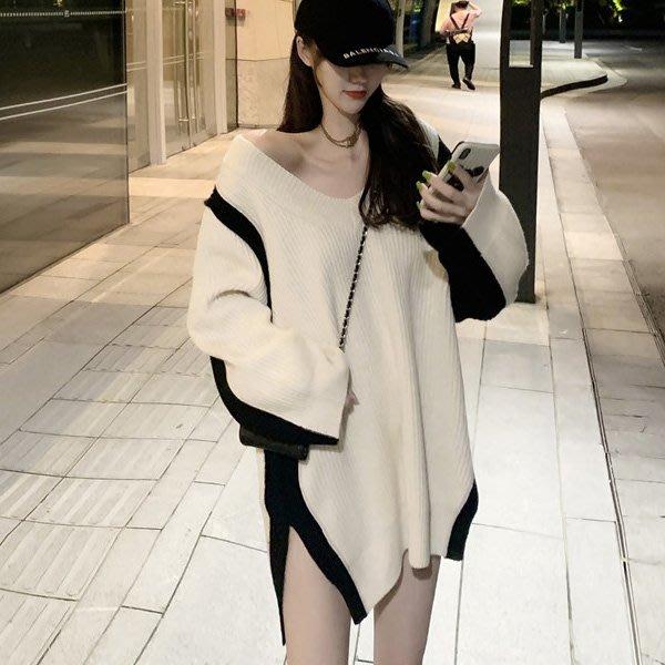 長版毛衣 V領併色慵懶套頭側開叉連身裙 艾爾莎【TAE8601】