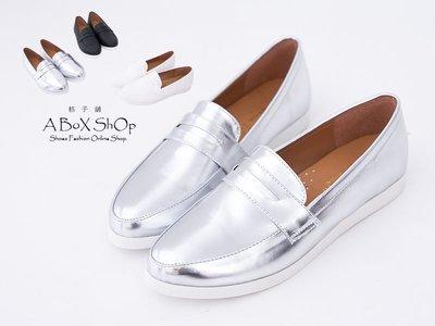 格子舖*【KW953】MIT台灣製 質感美型 搶眼金屬雷射 休閒便鞋懶人鞋樂福鞋 3色
