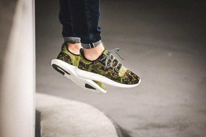 (預購商品) adidas originals Tubular Shadow BB8818 綠色迷彩運動鞋 ... c4dc0daf1b99