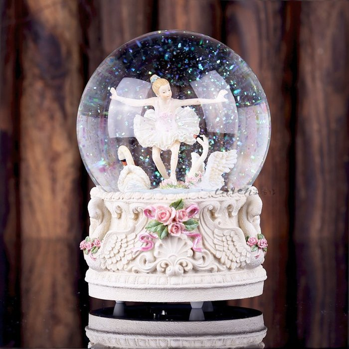 【優上精品】芭蕾女孩旋轉水晶球音樂盒八音盒情人節聖誕生日禮物女友(Z-P3206)