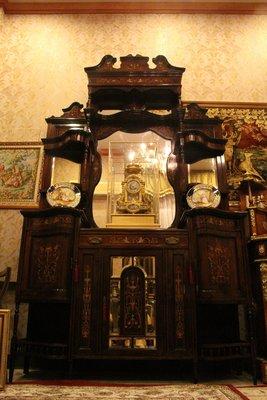 【家與收藏】特價極品珍藏歐洲百年古董博物館級維多利亞手工Inlay鑲嵌花梨木鏡臺高壁櫃/獵人櫃