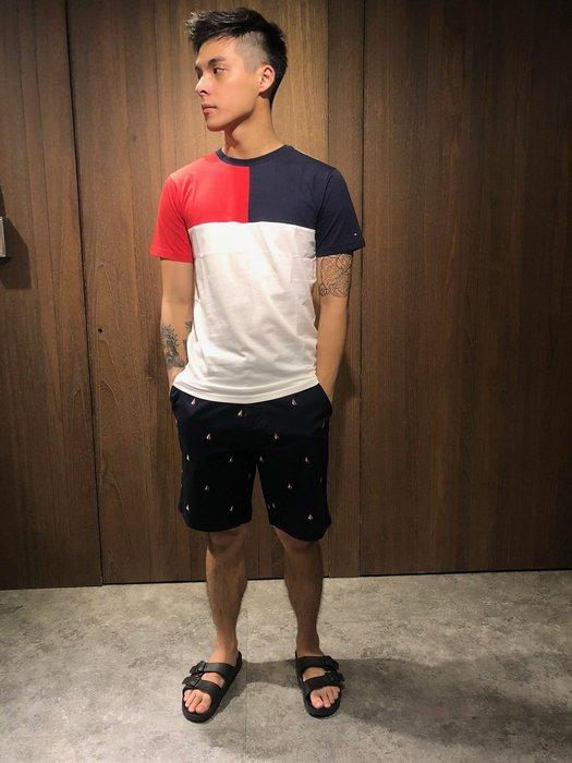 美國百分百【Tommy Hilfiger】T恤 TH 男衣 T-shirt 短袖 短T U領 拼色 紅藍 J206