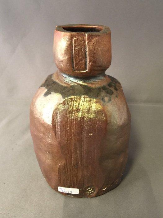 [裕山]陶&茶:土呆(劉瑞興)老師--柴燒花器td57(10.2*10.4*15.7公分)